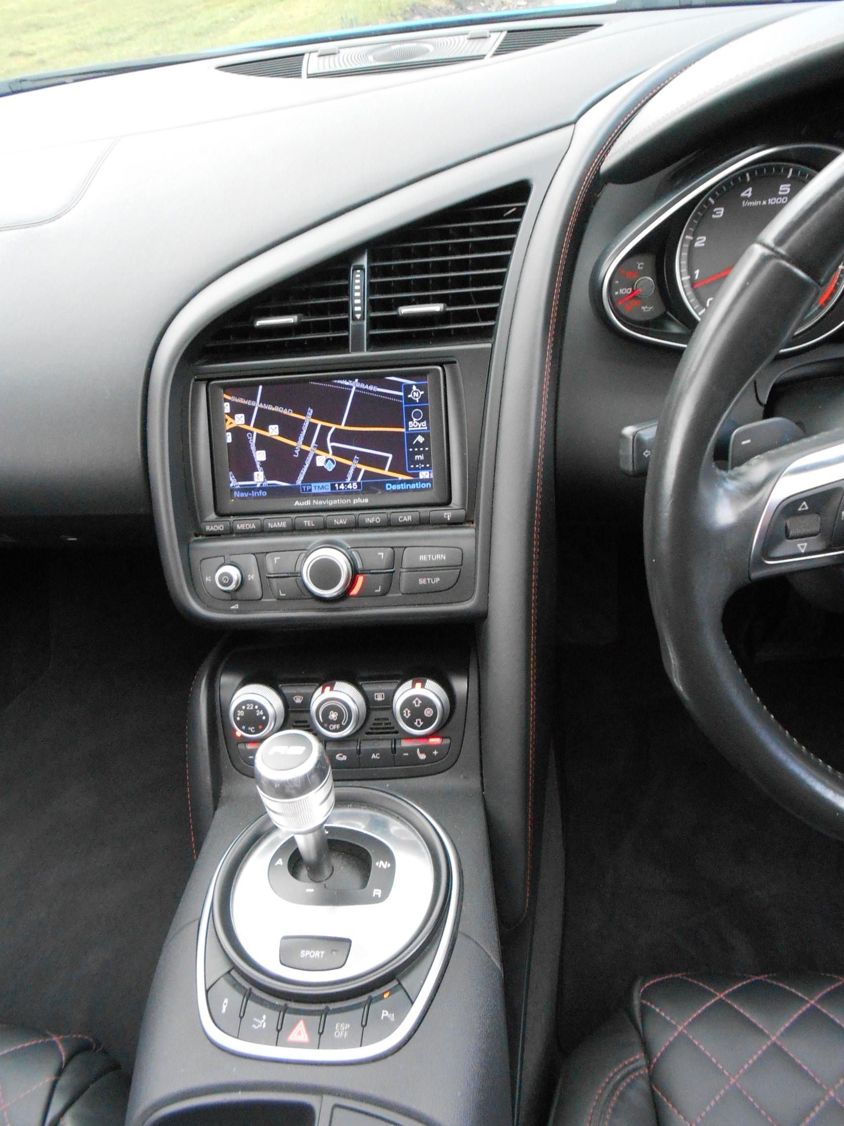 2011 11 Audi R8 4.2 FSI V8 Spyder Quattro 2dr - King Street Motor ...